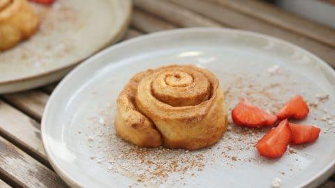 cinnamon roll, zimtschnecke, roulé à la cannelle
