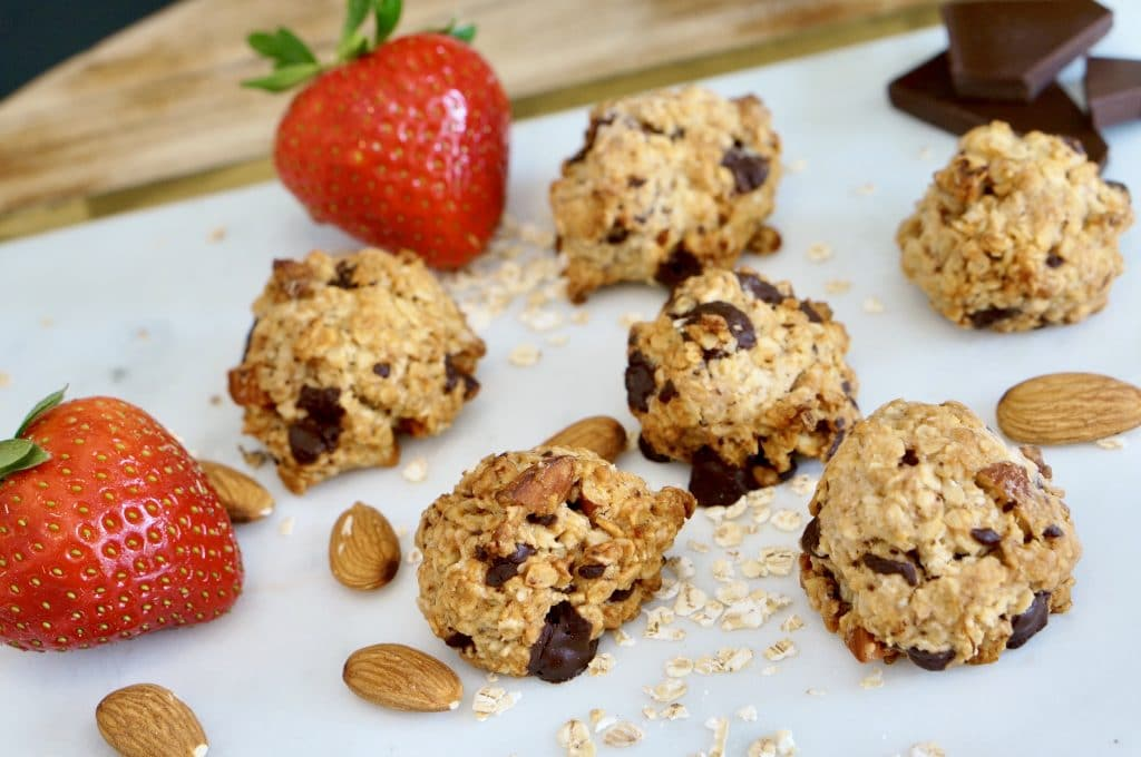 Vegan Oatmeal Chocolate Almond Cookies