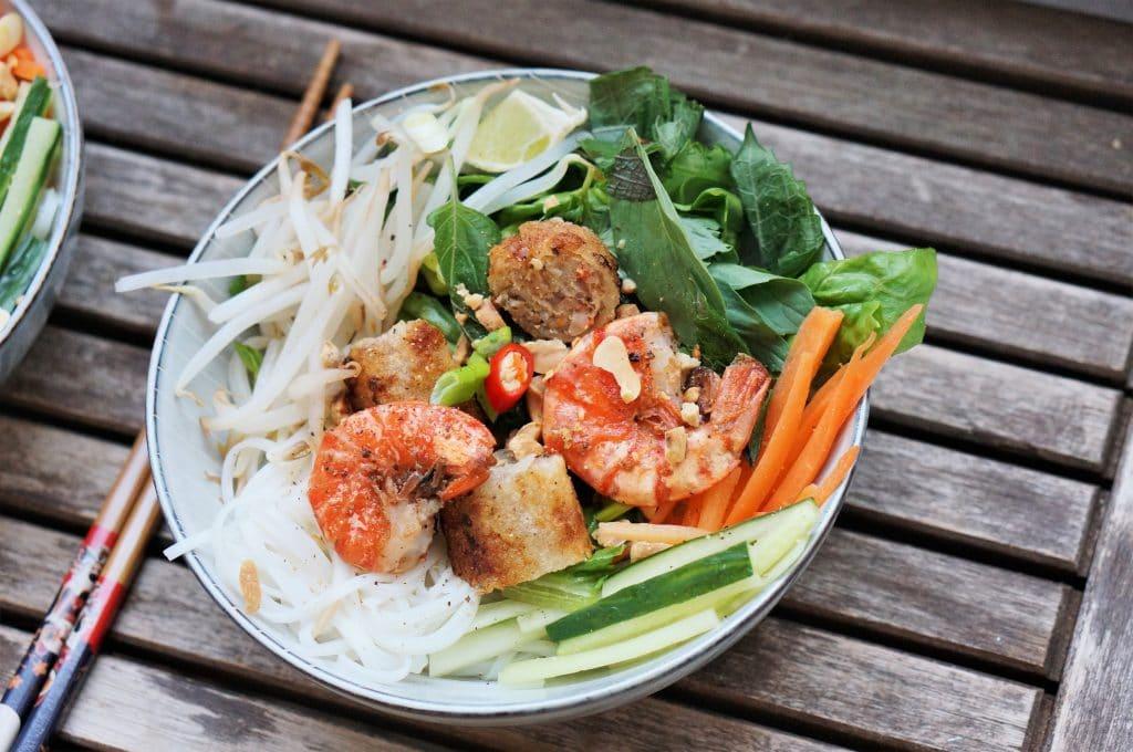 bun nem with prawns