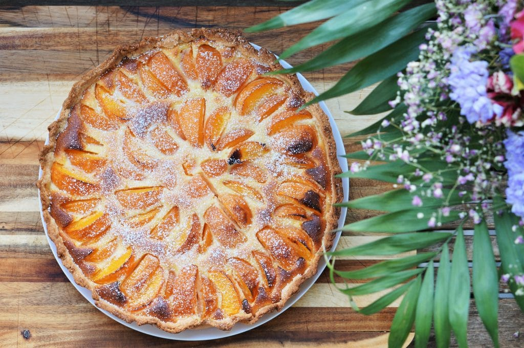 Apricot tart almond cream