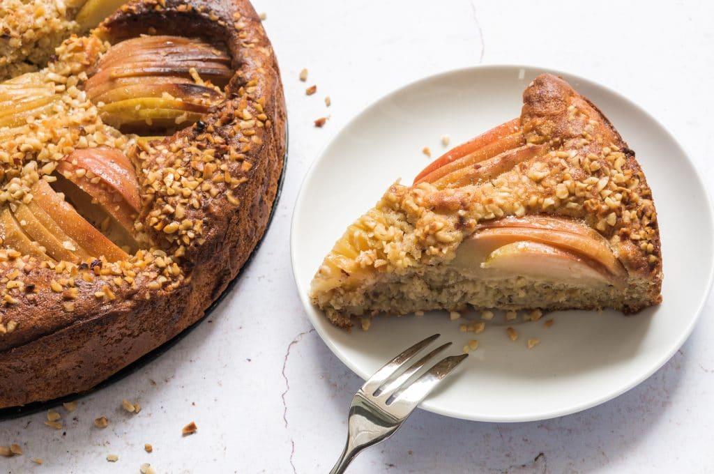Apple, Hazelnut and Cinnamon Cake