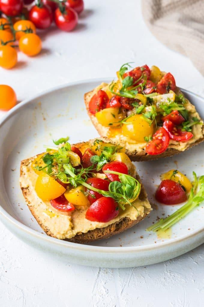 Healthy Hummus and Cherry Tomato Tartine