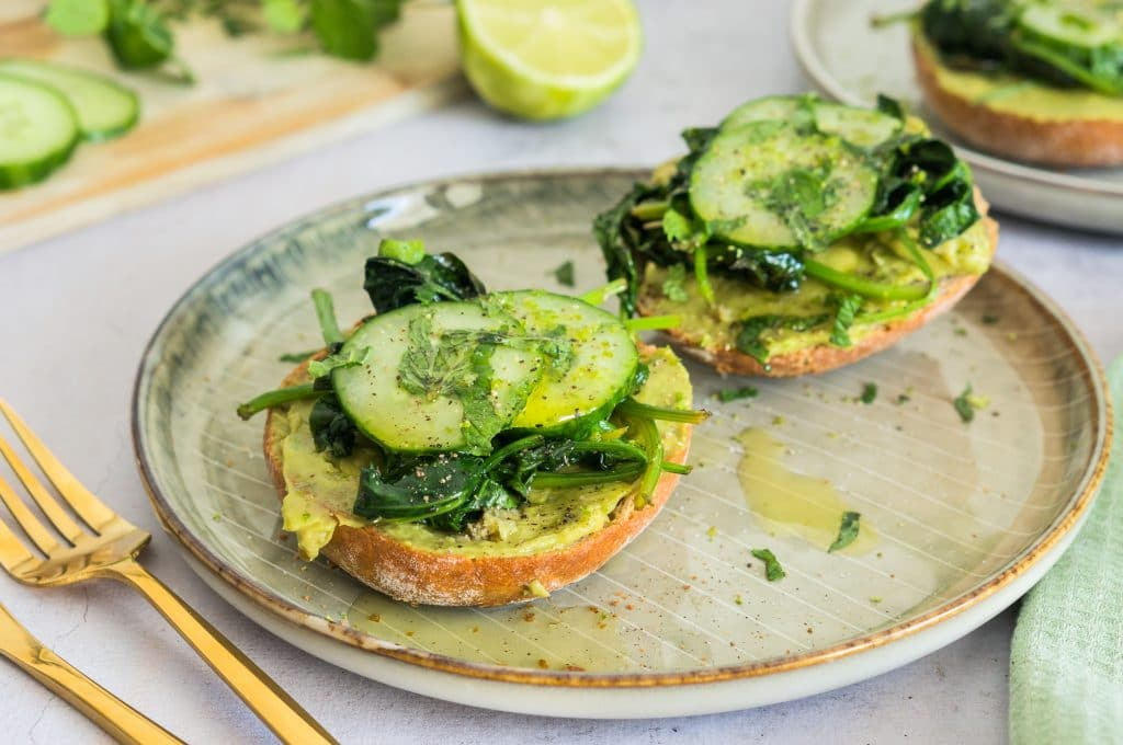 Tartine with Avocado, Mint and Lime