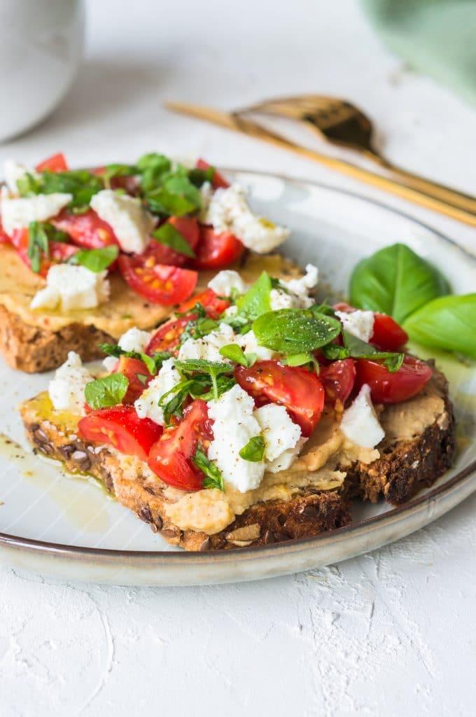 Tartine Houmous, Tomates, Mozzarella