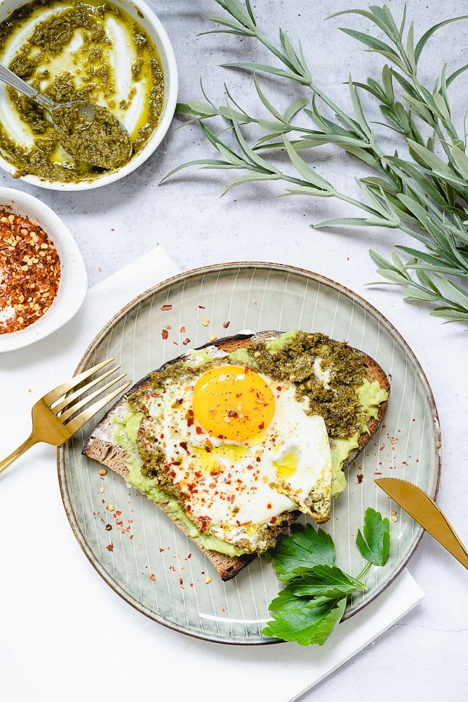 Pesto Eggs, TikTok's viral recipe
