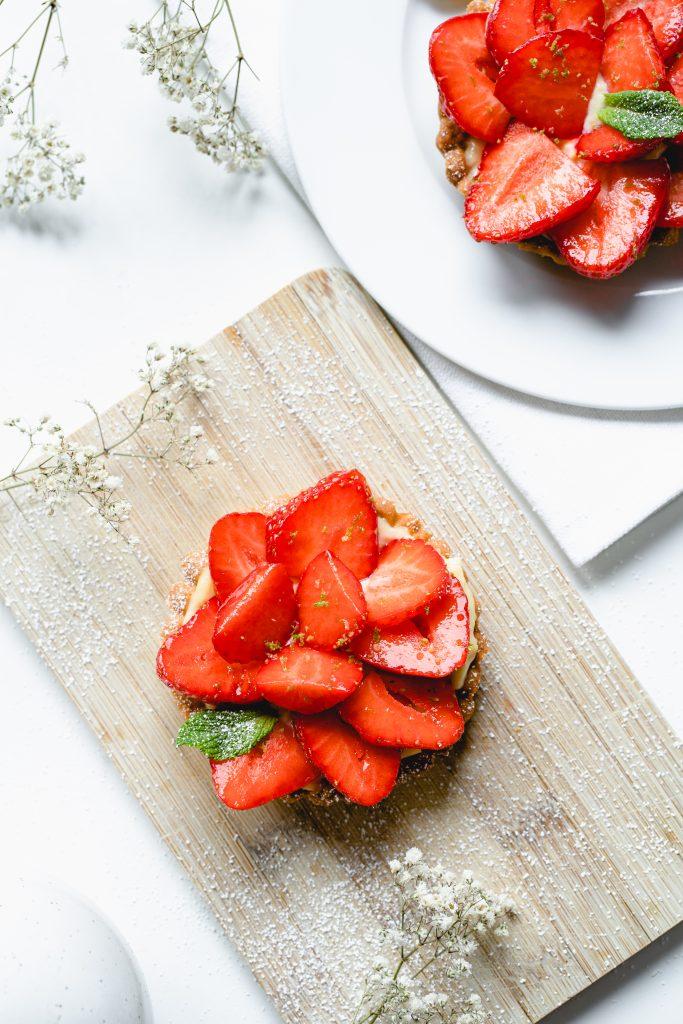 Strawberry Tartelettes with Crème Pâtissière