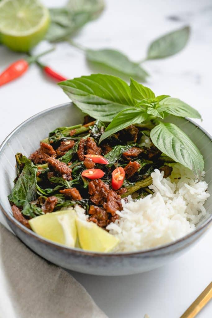 Poulet au Basilic Thai Vegan (Pad Kra Pao)